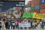 HK%20Dockers%20strike-%20web