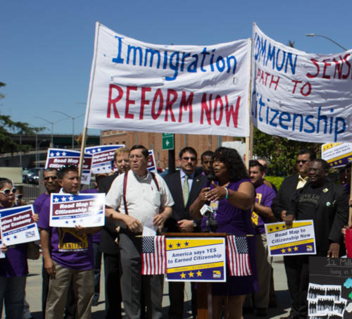Latest News About Immigration Reform 2013: Union Families Rally For Immigration Reform Around The